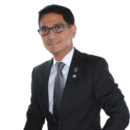 Dr. Gamaliel Urbi